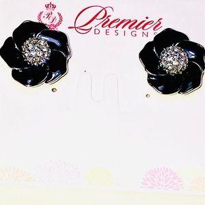 NWT Premier Jewelry Flower Earrings